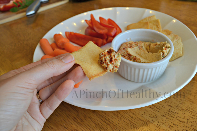 The Best Roasted Garlic Hummus Recipe| APinchOfhealthy.com