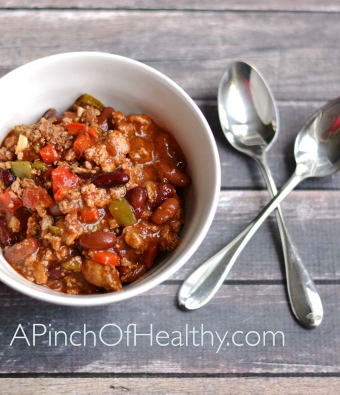 Healthy Turkey Chili - a simple and tasty recipe | APinchOfHealthy.com
