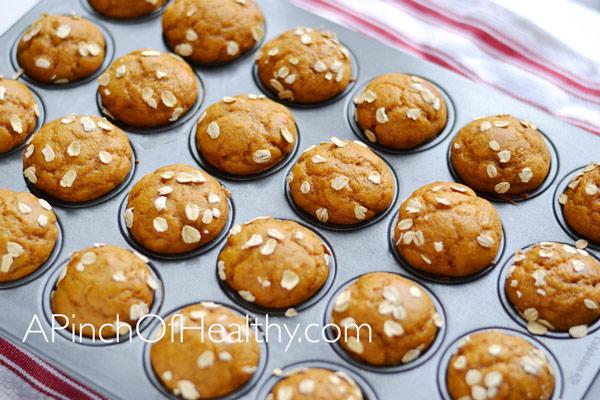 Pumpkin Spice Mini Muffins| APinchOfHealthy.com