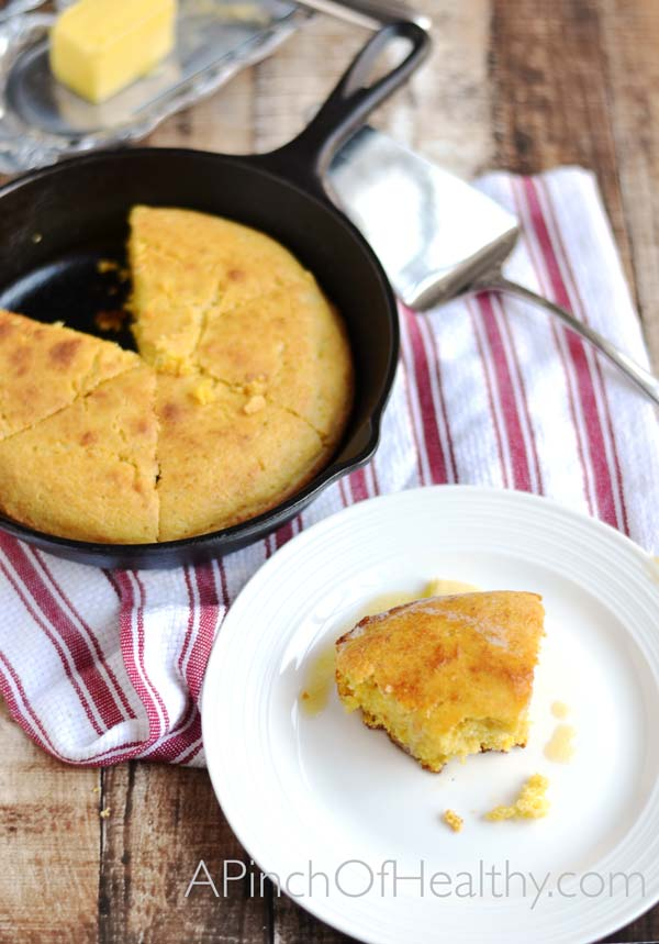 Southern Skillet Corn Bread| APinchOfHealthy.com
