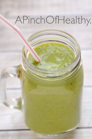 Green Smoothie with Kale – A Holiday Detox!