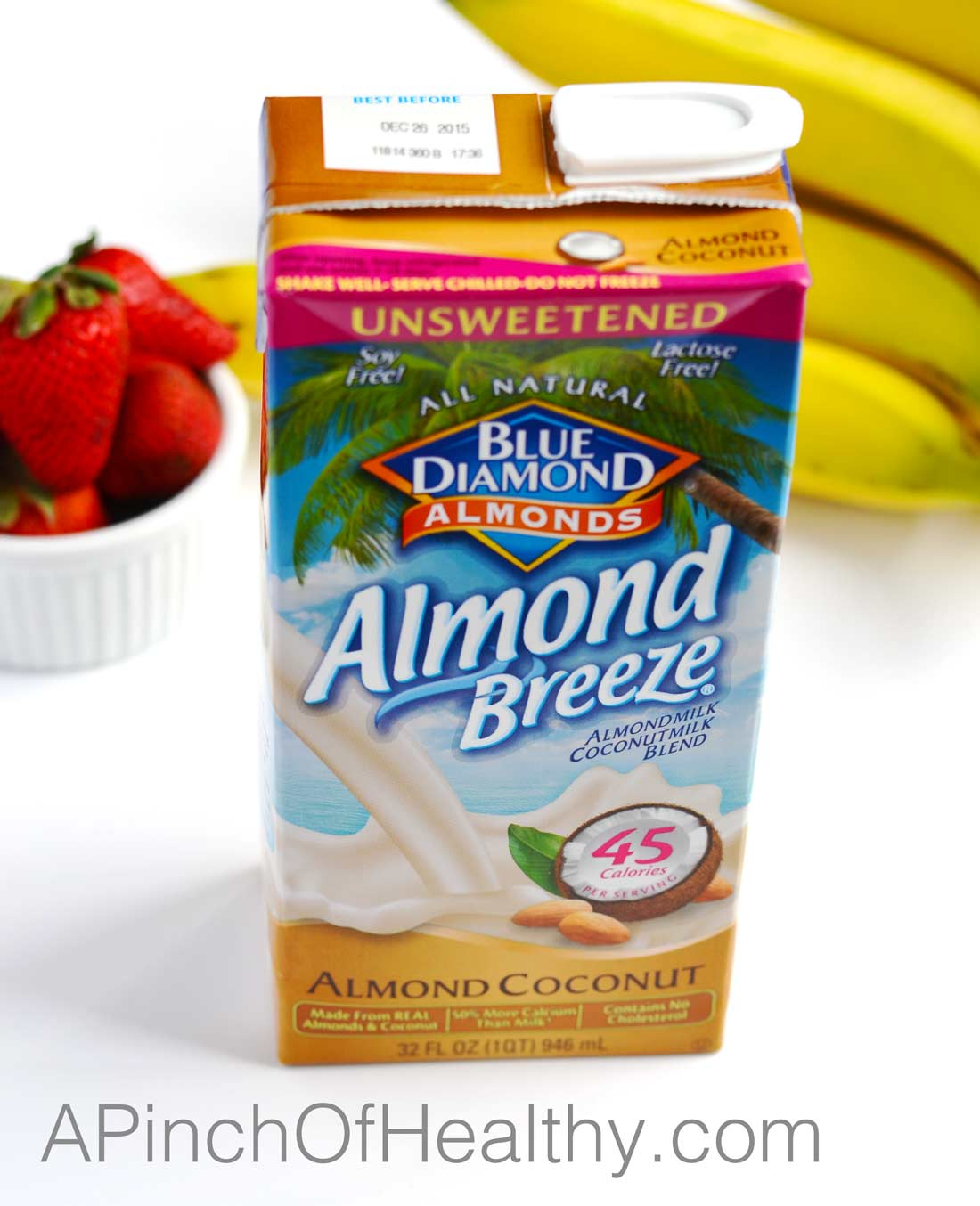 Blue Diamond Almondmilk Coconutmilk Blend| APinchOfHealthy.com