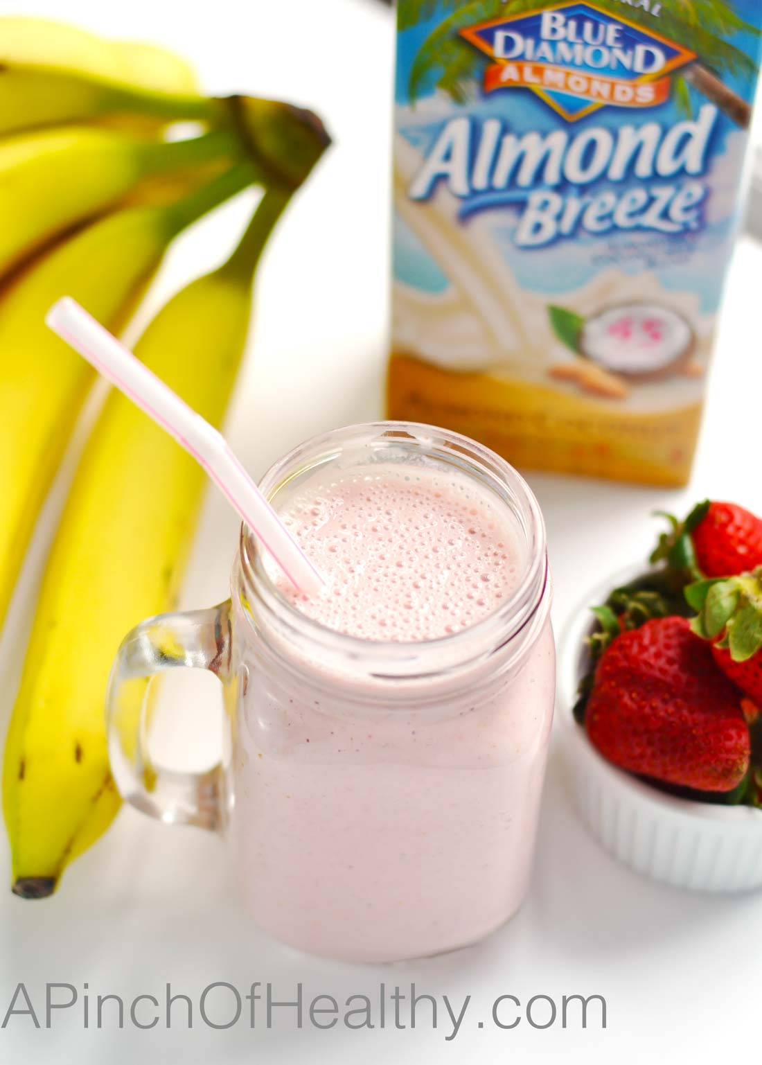Strawberry Banana Smoothie - delicious snack or breakfast with only four ingredients| APinchOfHealthy.com