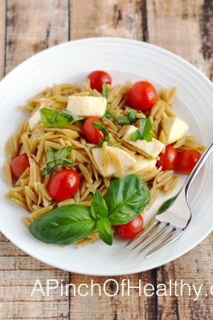 Caprese Orzo Salad - deicious side dish perfect for a picnic or barbeque | APinchOfHealthy.com