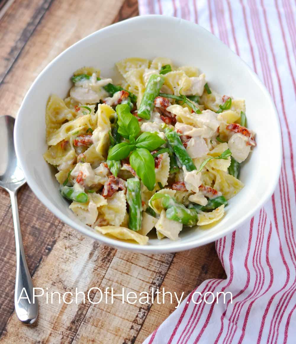 Creamy-Garlic-Parmesan-Chicken-pasta-whole
