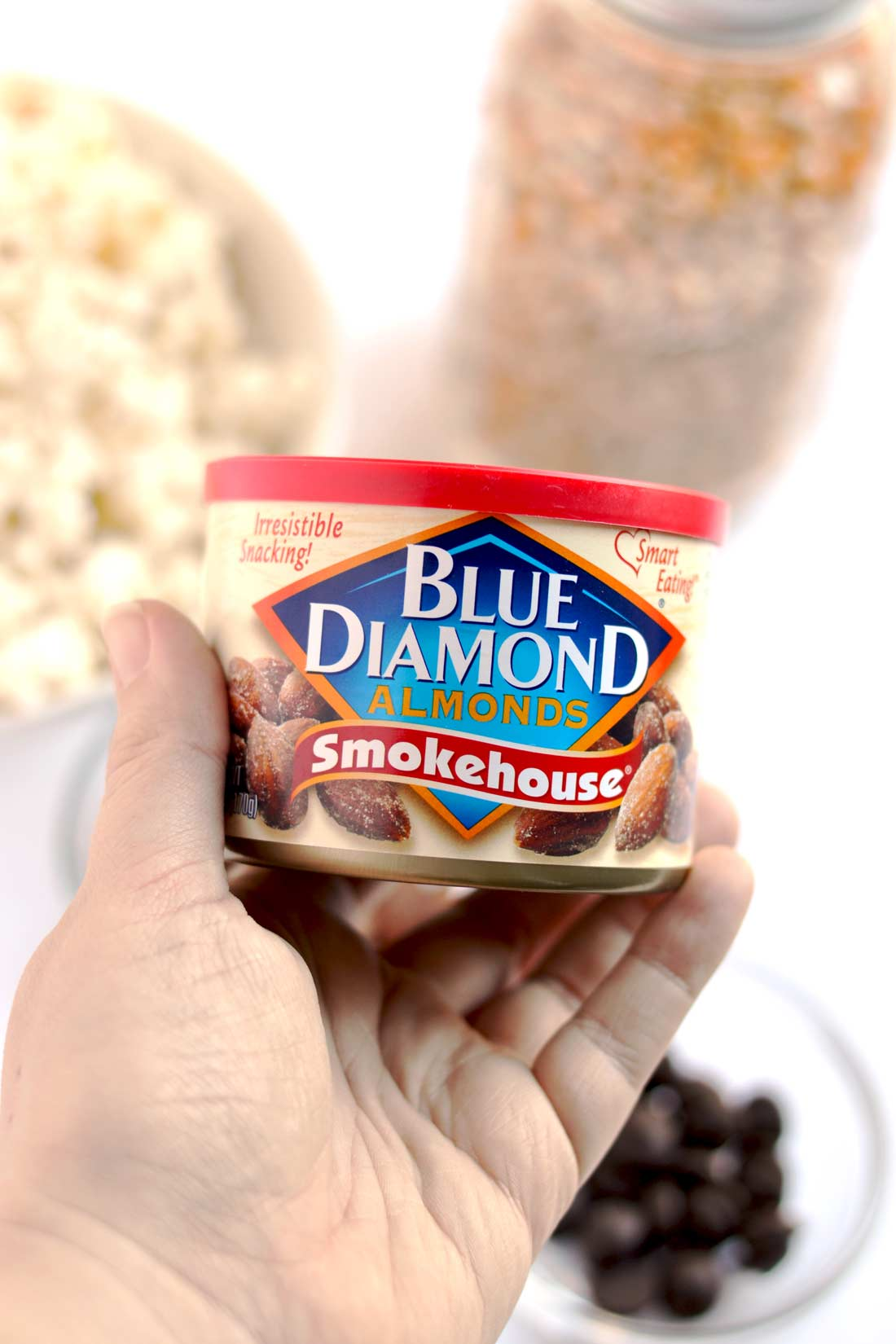 Popcorn with Smokehouse Almonds and Dark chocolate - Perfect game day snacking! | APinchOfHealthy.com