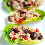 Mediterranean Tuna Salad - delicious, easy and healthy | APinchOfHealthy.com