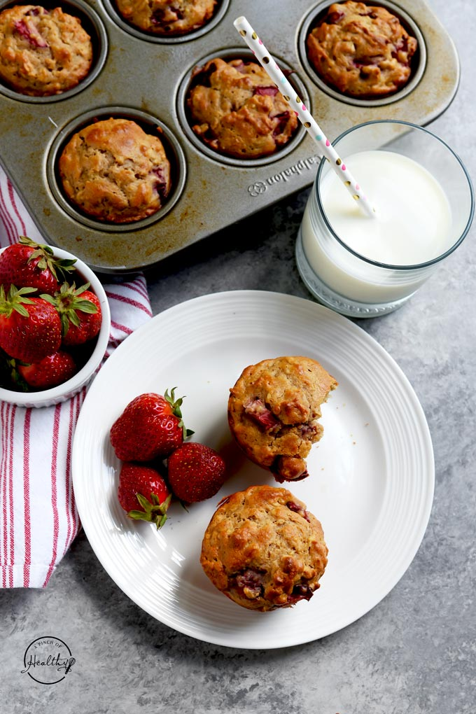 Strawberry muffins whole grain refined sugar free Greek yogurt