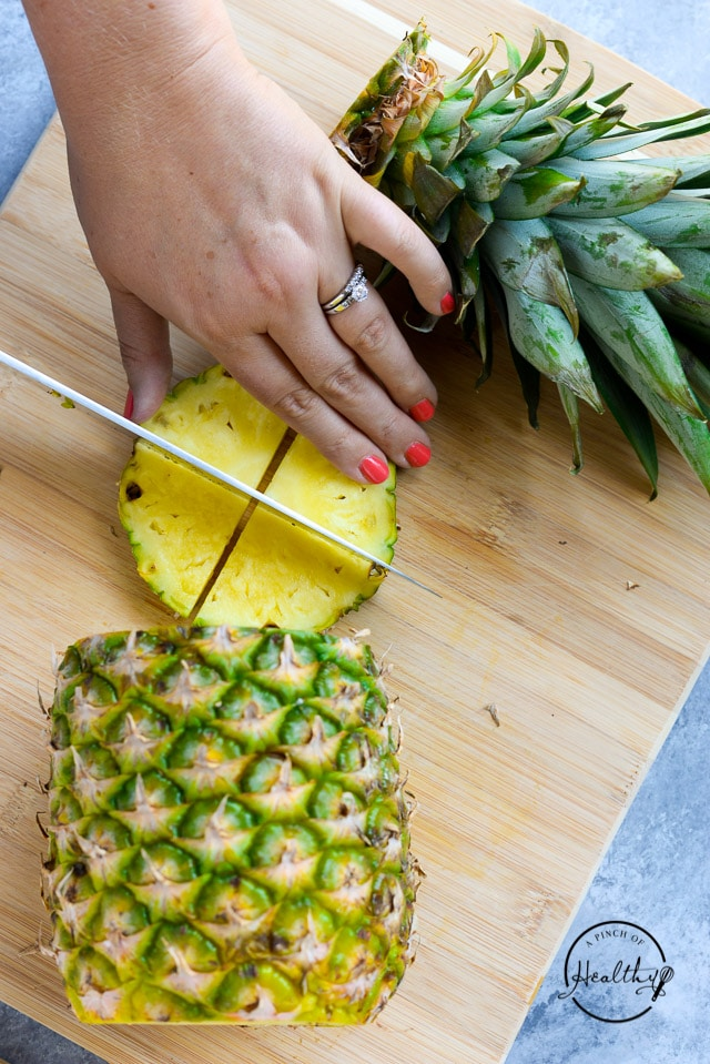 how to cut a pineapple garnish
